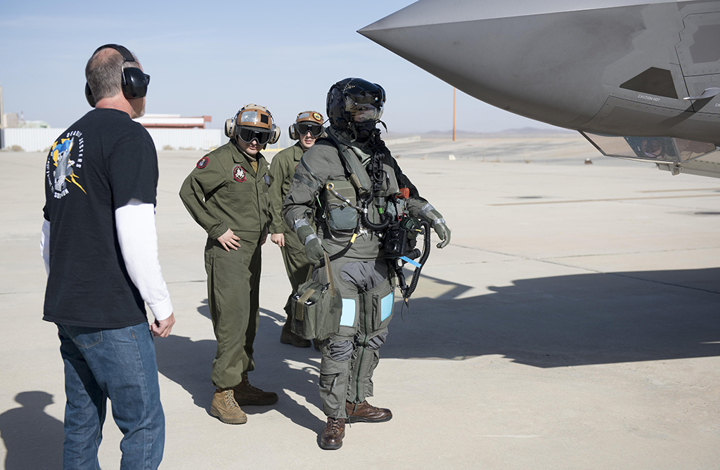 53cd68e5c3d Here is how F-35 pilots would dress in case of chemical and ...