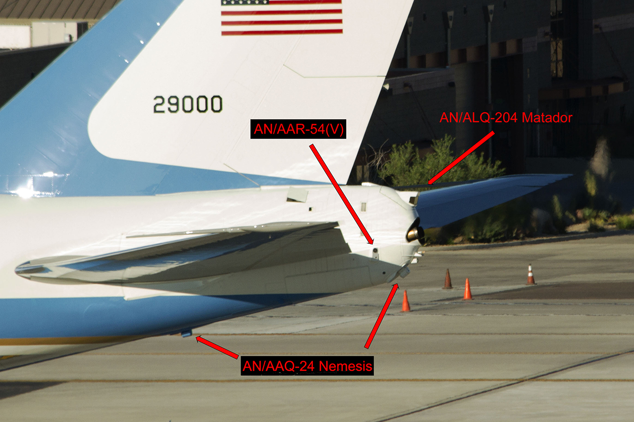 grand choix de 31662 89b1b These Are The Systems that Protect Air Force One From Heat ...