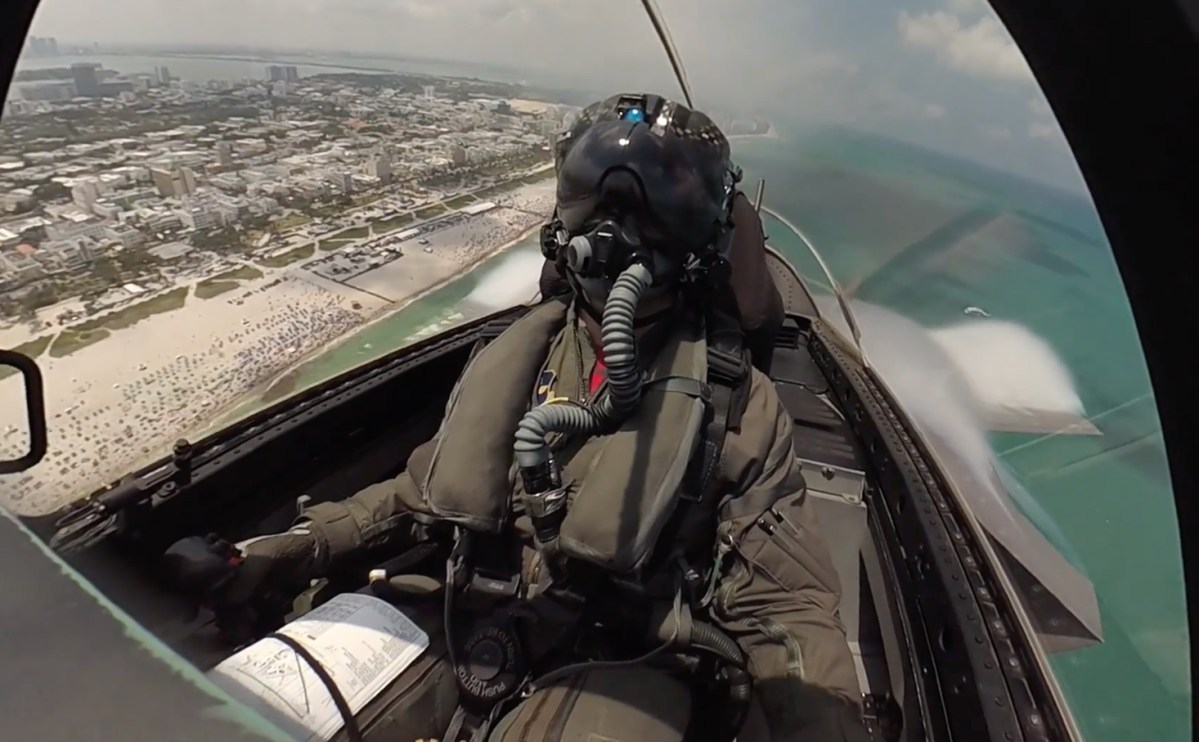 Watch This Cockpit Video Of F 35 Demo Pilot Capt Andrew Dojo Olson Performing Demo Routine Over Miami Beach The Aviationist