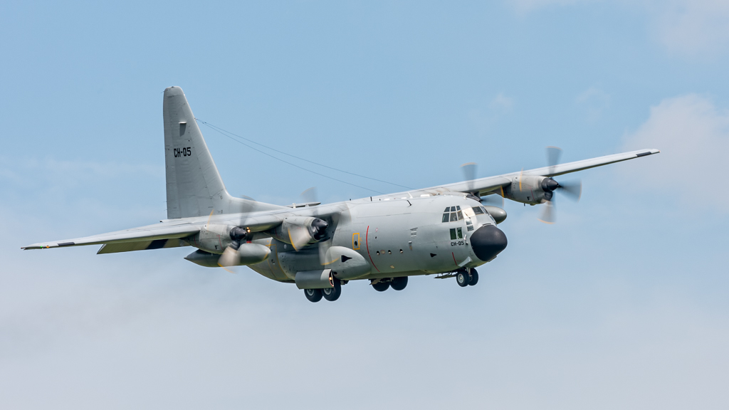 Belgian C-130 Makes an Emergency Landing at the Wrocław Airport in Poland