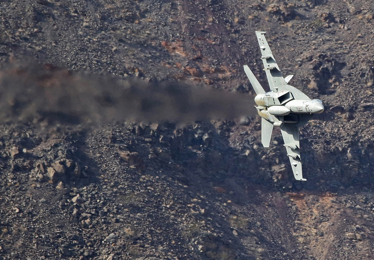 U S  Navy Confirms Pilot Killed In F/A-18E Crash in Star