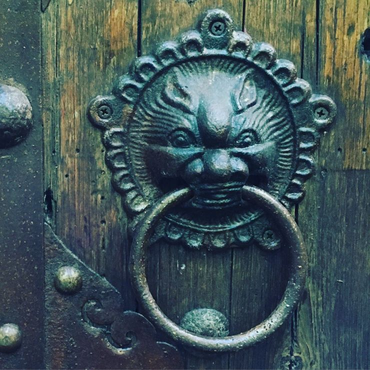 Interesting knocker...