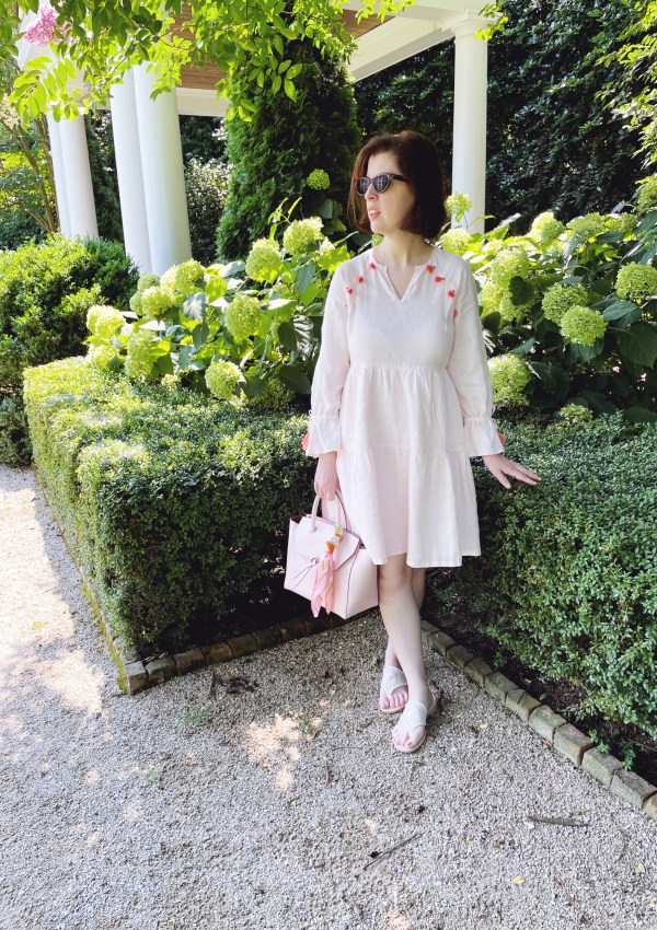 In the Garden // A Summer Look featuring the Midi Loren Tote