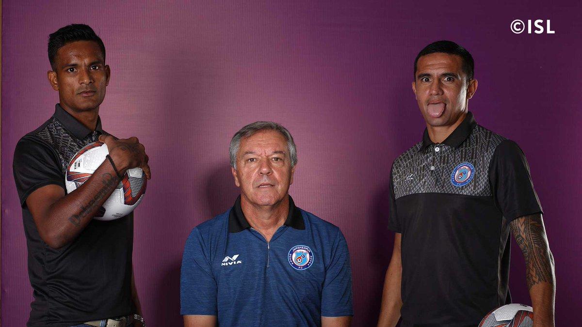 Subrata Paul and Tim Cahill with coach Cesar Ferrando during a photoshoot,. Photo Courtesy: @IndSuperLeague/Twitter