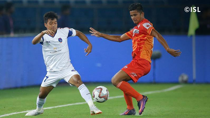 Northeast United FC wrap up a deal for Nim Dorjee Tamang from FC Pune City