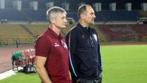 Northeast United FC Head Coach Robert Jarni with former teammate and Indian Football Team Head Coach Igor Štimac