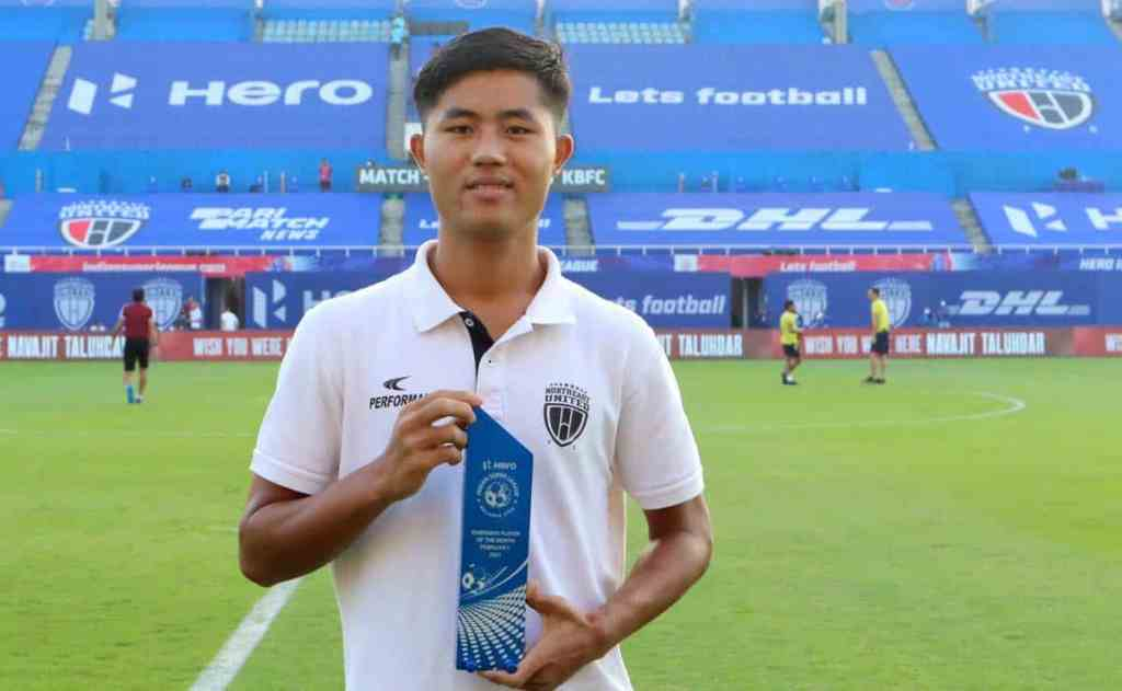 Northeast United FC midfielder Apuia moves to Mumbai City FC