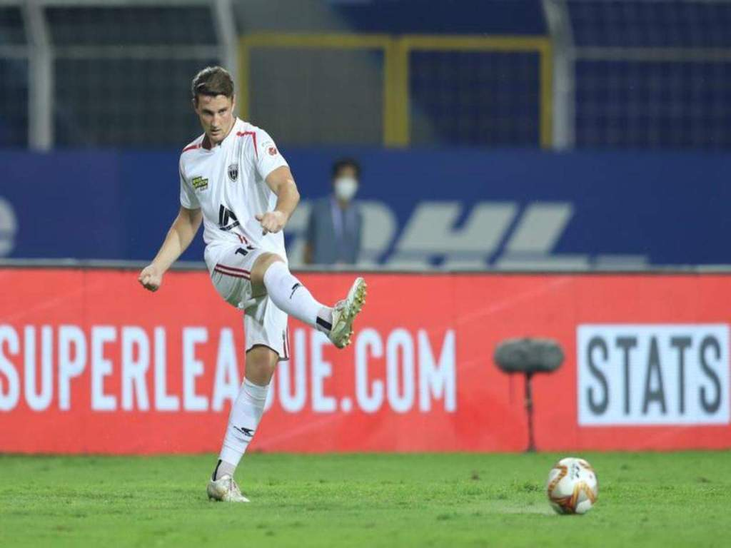 FC Goa prise Dylan Fox away from Northeast United FC