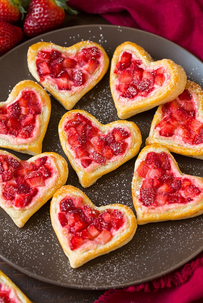 strawberry cream cheese pastries 3 (1)
