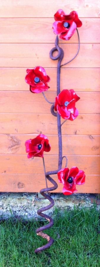 ceramic poppies arranged 1