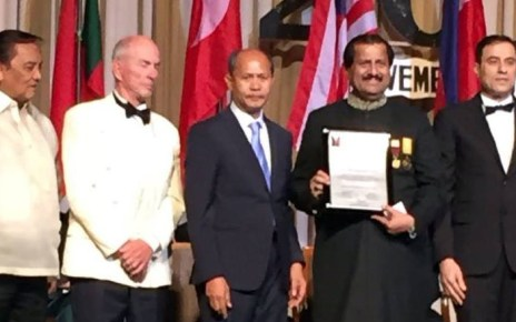 Dr. Mirza Ikhtiar Baig receive Gusi Peace Prize Int'l 2018