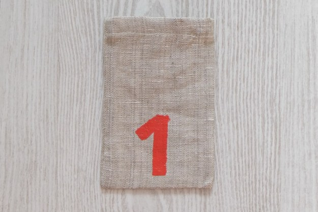 advent-calendar-bag-painted