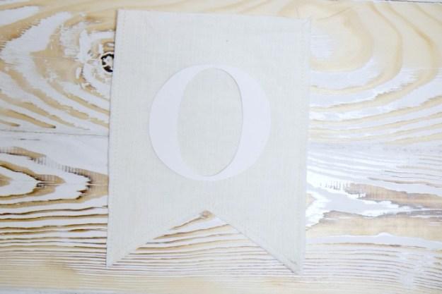 letter-o-glue