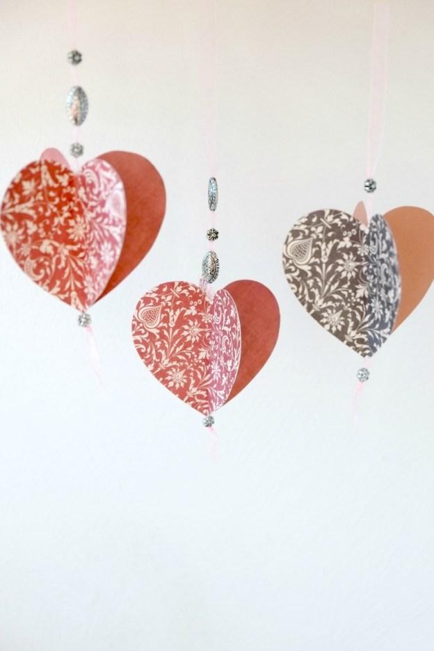 Объемные сердечки из бумаги