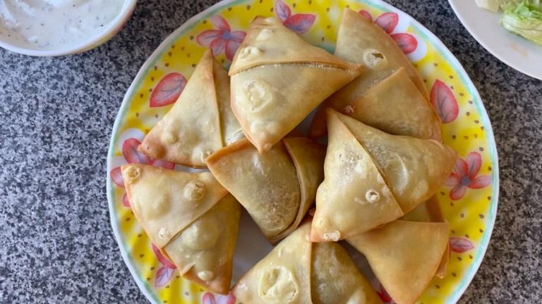 Aloo Ka Samosa | How To Make Samosa Recipe | How To Make Aloo Samosa Recipe | Potato Samosa Recipe | How To Fry Samosa | Easy Samosa Recipe | Vegetarian Starter Recipes | Vegetable Samosa Recipe | Fried Samosa Pastry Recipe | Indian Potato Recipes | How To Make Samosa Filling | Somosa Recipe | Iftar Recipes | Vegan Recipes | Indian Starters | Vegetarian Recipes Indian | How To Fold Samosa | Potato Starters | Ramadan Recipes | Vegan Potato Recipes | Frozen Samosa Dough Recipe | Onion Samosa Recipe | How To Make Potato Samosa Filling Recipe | Vegetarian Potato Recipes