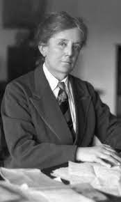 This image has an empty alt attribute; its file name is Ethel-Smyth-1.jpg