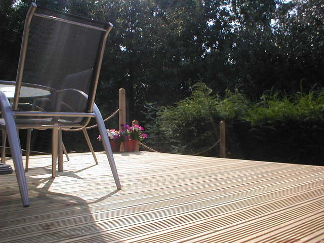 how to block wind on your patio 9