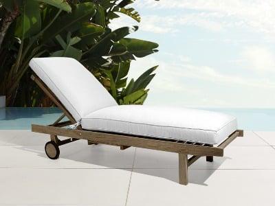 luxury hampton chaise lounger