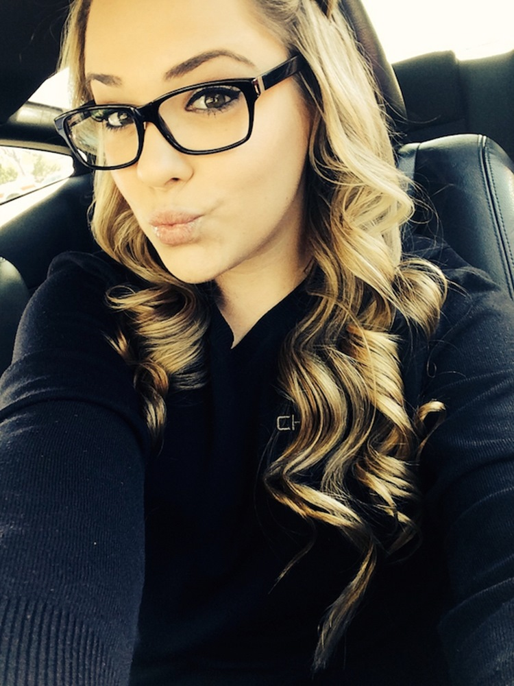 Badchix Everyone loves cute girls with glasses 13