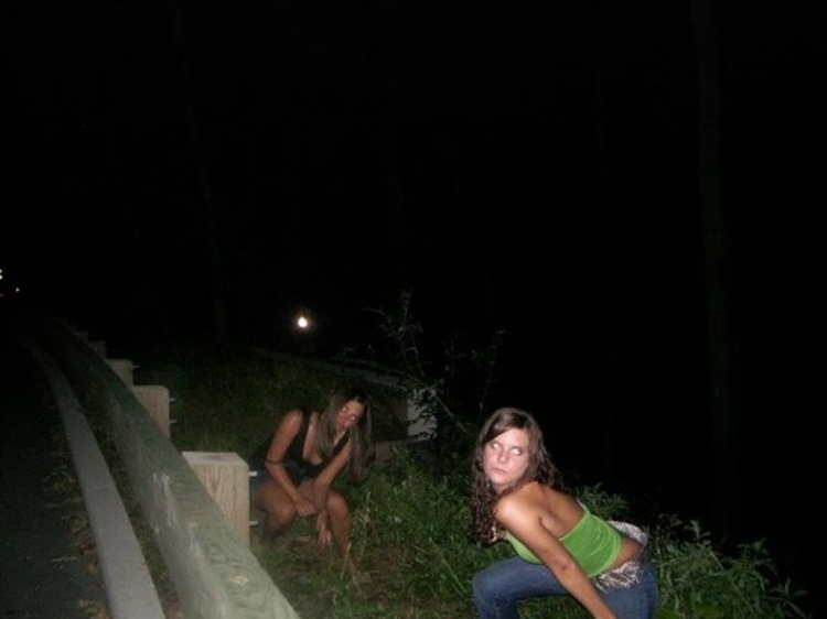 Drunk College Girls in the Wild 24