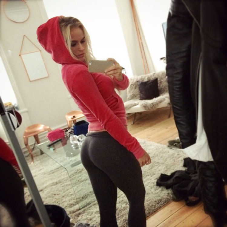 Badchix Some Tight Yoga Shorts you have to Check out 9