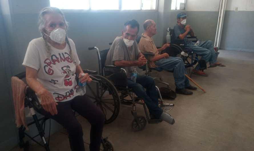 Alberga DIF Mexicali a 13 adultos mayores del asilo clausurado la semana pasada