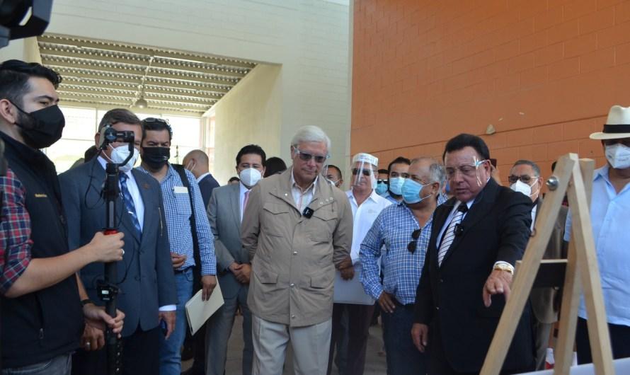 Recorren instalaciones de preparatoria y secundaria militarizada el Gobernador, el Fiscal del Estado y el Secretario de Educación