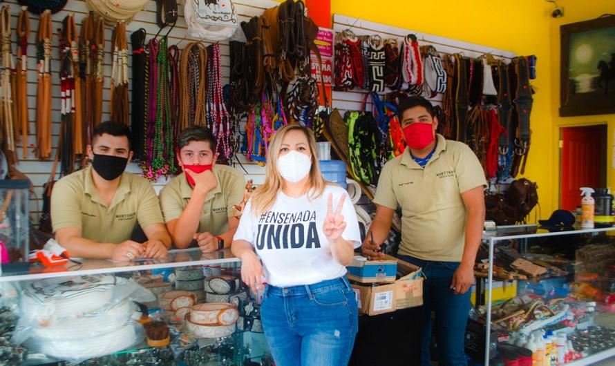 Jornada de desinfección en establecimientos de Avenida Juárez en Ensenada de la Diputada Lizbeth Mata Lozano