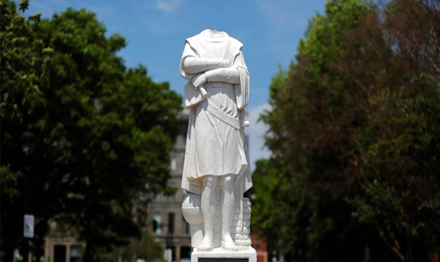 """Cómoda e hipócrita actitud de decapitar estatuas de Colón, otra incongruencia de los """"héroes sociales"""""""