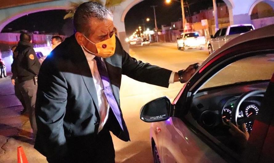 Operativo de protección a taxis de la Fiscalía General del Estado y Policía Municipal de Mexicali