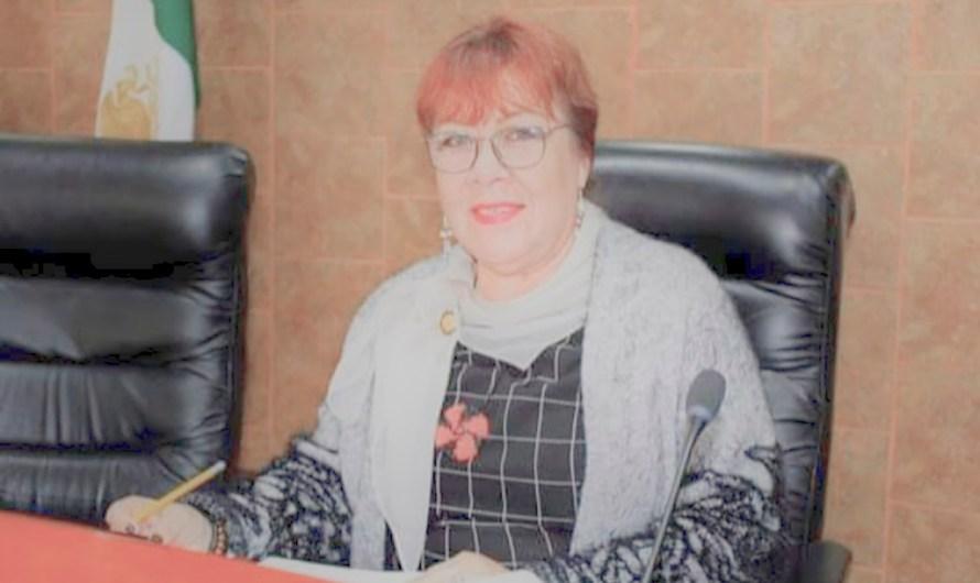 Homenaje a Diputada Carmen Hernández fallecida por COVID19, su suplente rindió protesta