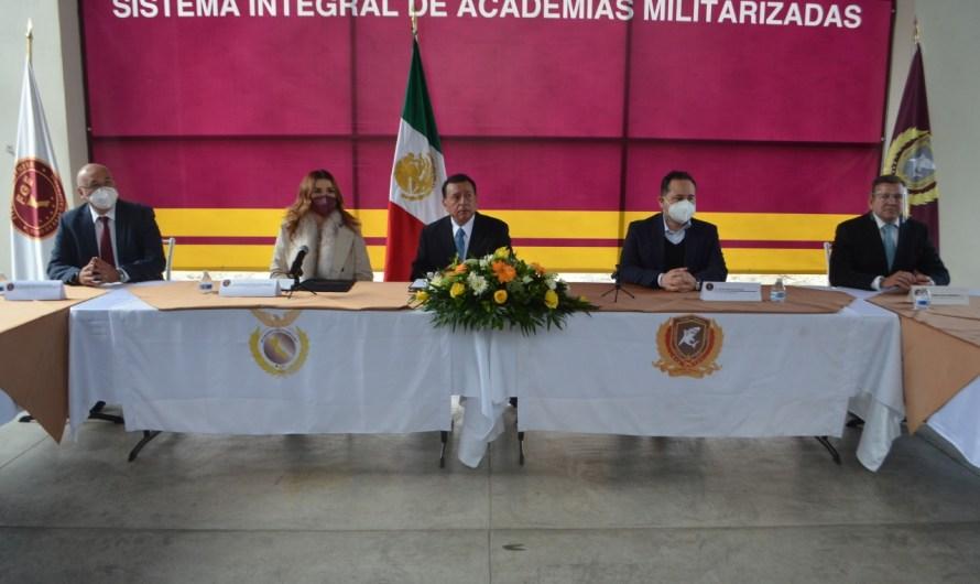 Fiscal General y Alcaldesa de Mexicali recorren instalaciones de preparatoria militarizada en Tijuana
