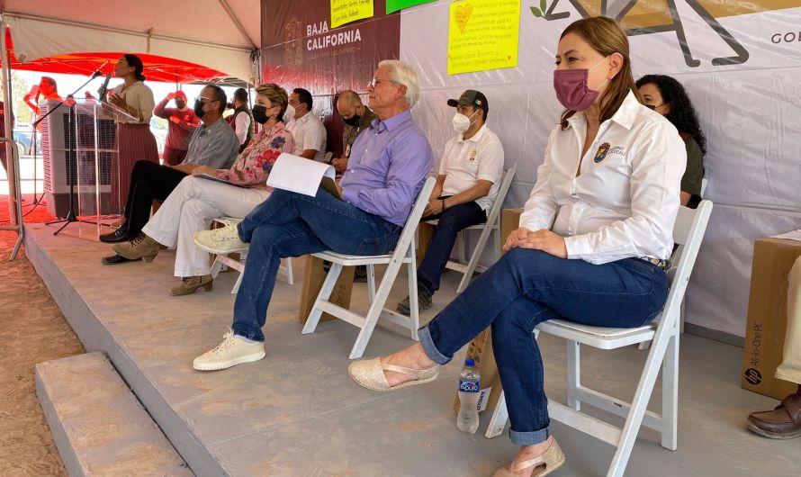Asiste Lupita Mora a la Jornada por la Paz en Colonia Solidaridad con el Gobernador Bonilla Valdez