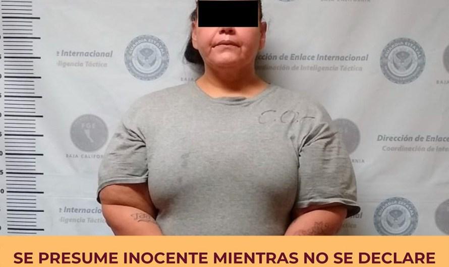 Detiene FGE en Mexicali a mujer con orden de aprehensión en Nuevo México