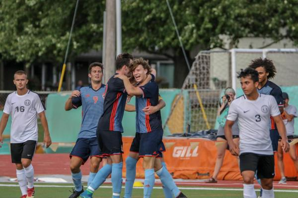 Jacobs leads men's soccer into conference play – The Baker ...