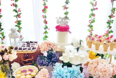 Floral Garden Dessert Table by The Baking Experiment