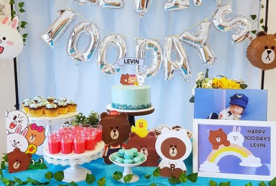 LINE Friends Brown and Cony Dessert Table