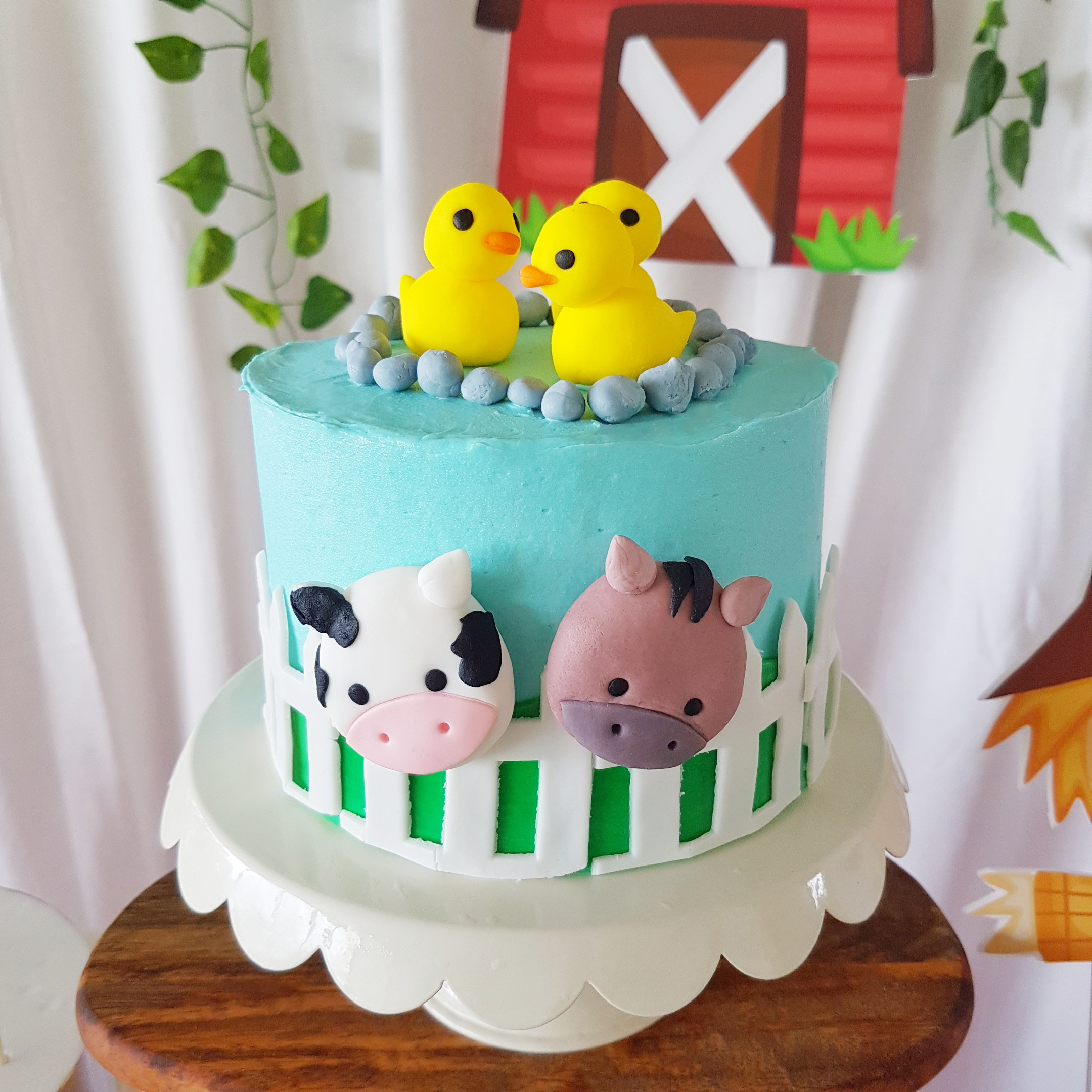 Barnyard Cake by The Baking Experiment