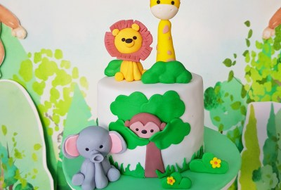 Jungle Safari Cake by The Baking Experiment