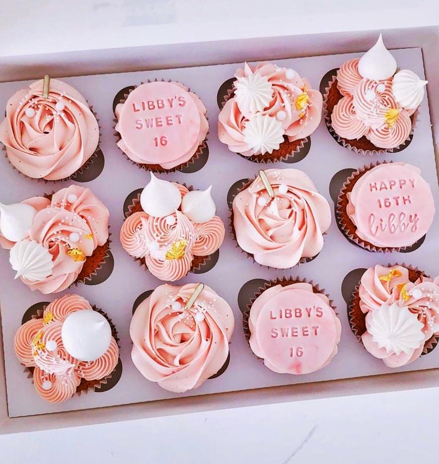 Birthday Cupcakes Set