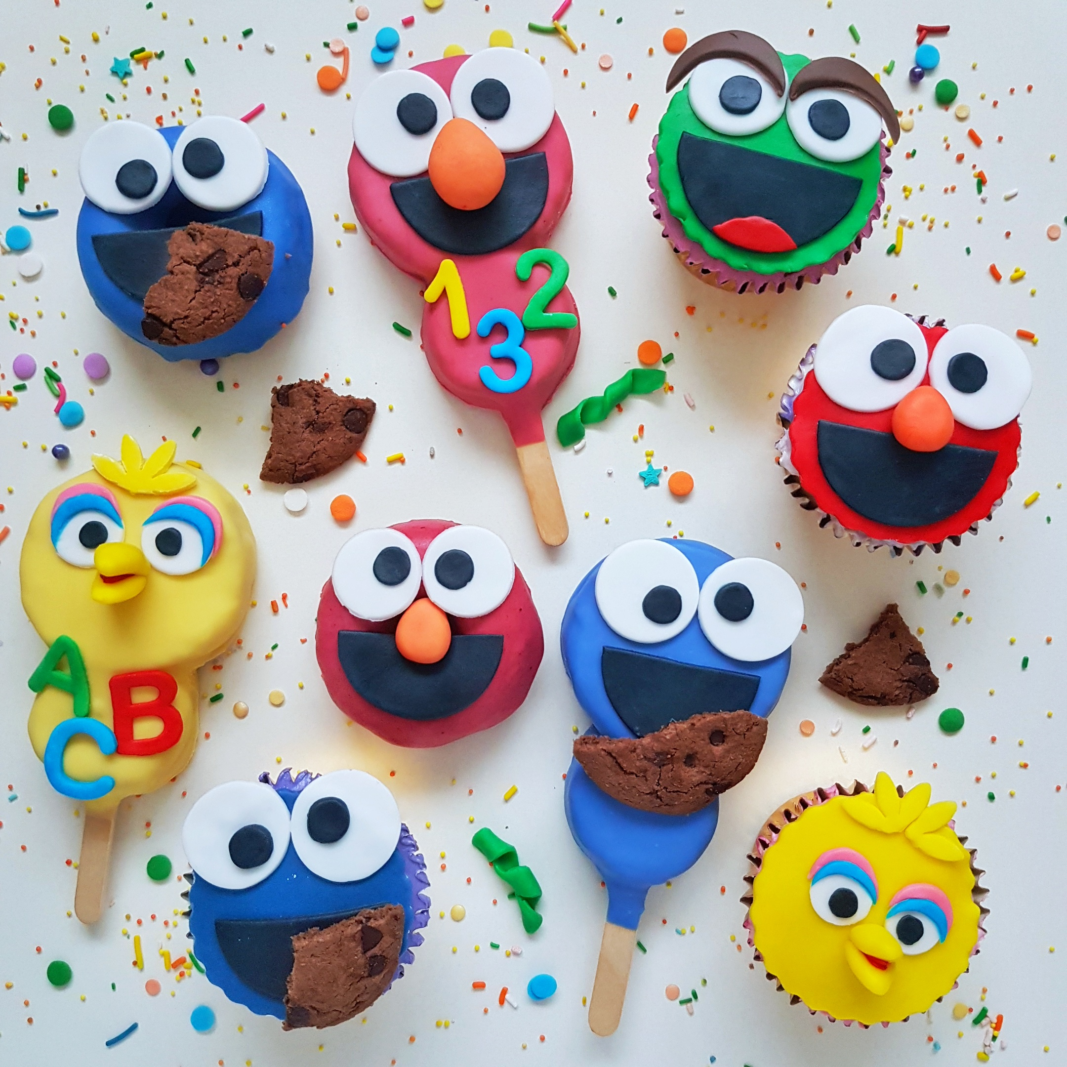 Sesame Street Cake Pops and Cupcakes by The Baking Experiment