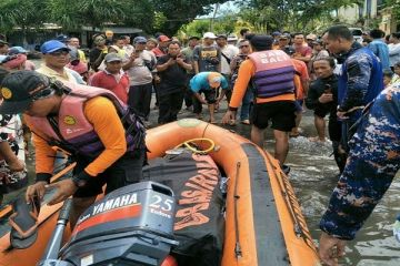 Local Fisherman Drowns In Bali