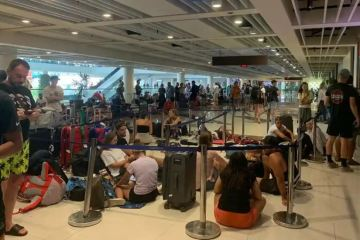 british tourists stranded in bali