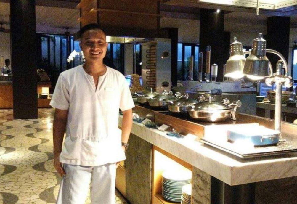 restaurant workers bali
