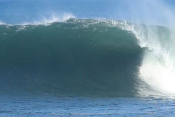 Tidal Floods, High Tides and Large Wave Warning For Bali
