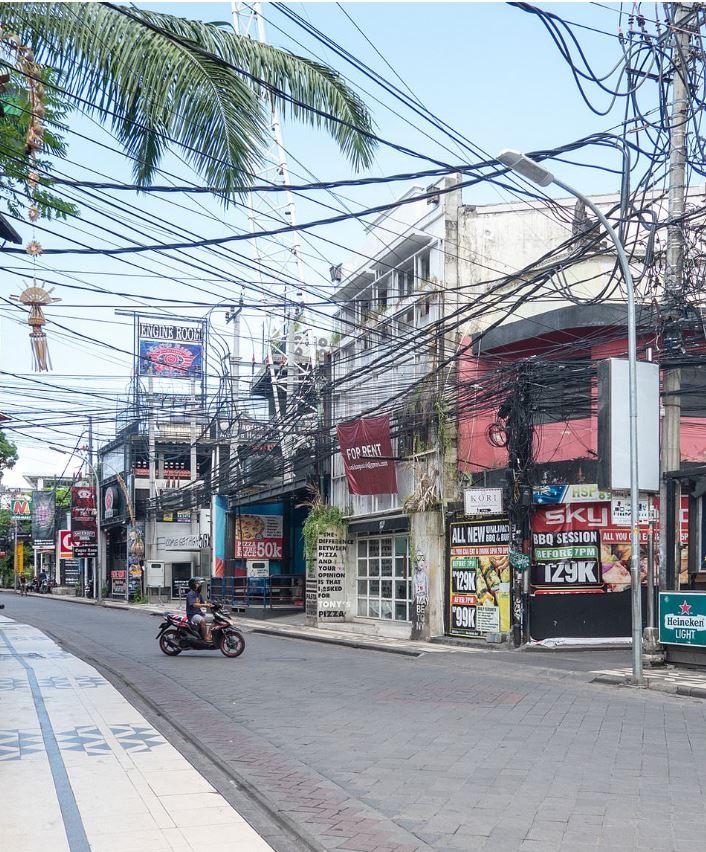 empty bali street