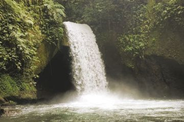 Secret Waterfall In Bali That Isn't Overrun With Tourists