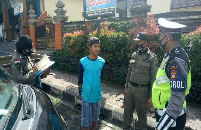 First 23 People In Bali Fined For Not Wearing Masks