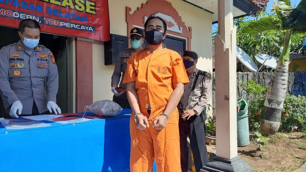 Man killed in bali cafe