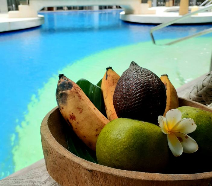 Four Points By Sheraton Kuta Fruits by Pool
